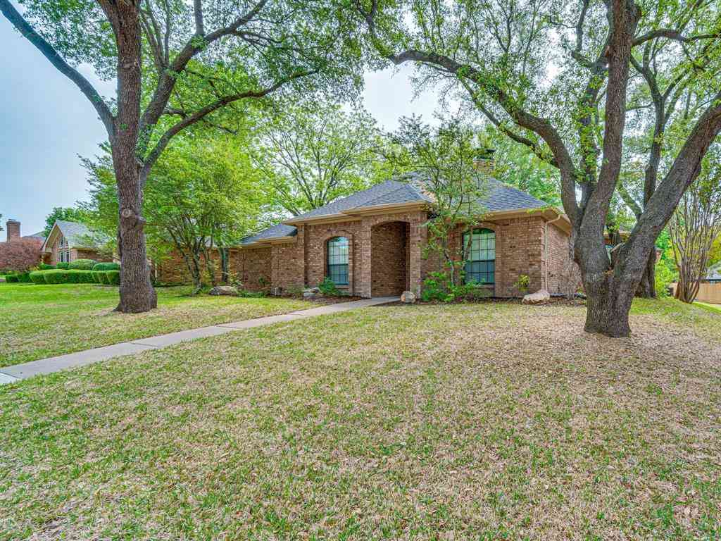 102 Redman Lane, Waxahachie, TX, 75165,