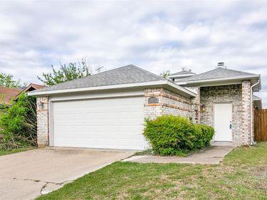 4177 Amy Drive, Mesquite, TX, 75150,