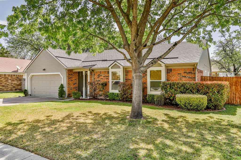 304 Sandlewood Lane, Euless, TX, 76039,