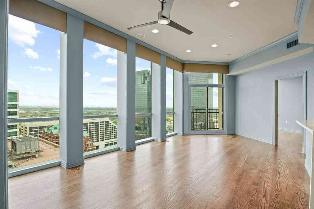 500 Throckmorton Street #2004, Fort Worth, TX, 76102,