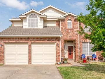 901 Summerbrook Drive, Euless, TX, 76040,