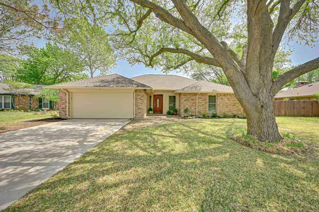 1604 Almond Drive, Mansfield, TX, 76063,