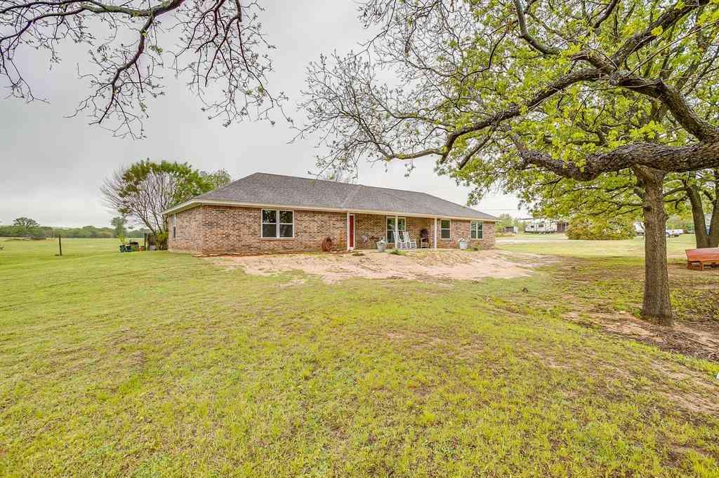 1290 County Road 3355, Paradise, TX, 76073,