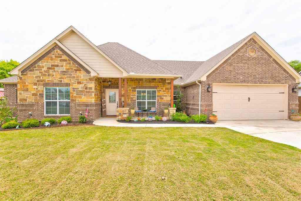 512 Village Creek Drive, Boyd, TX, 76023,