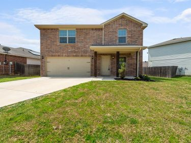 2040 Beacon Way, Fort Worth, TX, 76140,