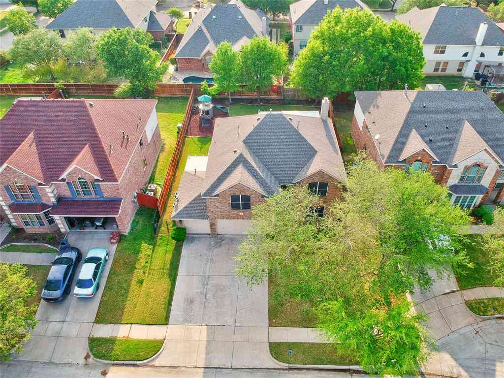 13 Whispering Bend Court, Mansfield, TX, 76063,