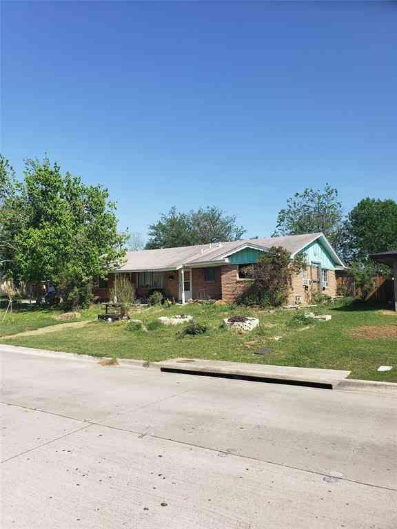 5736 Tourist Drive, North Richland Hills, TX, 76117,