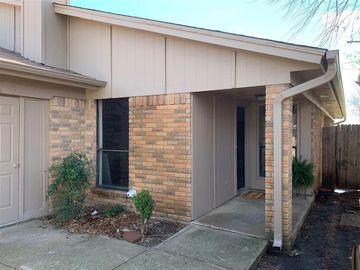 3105 Green Ridge Street, Fort Worth, TX, 76133,