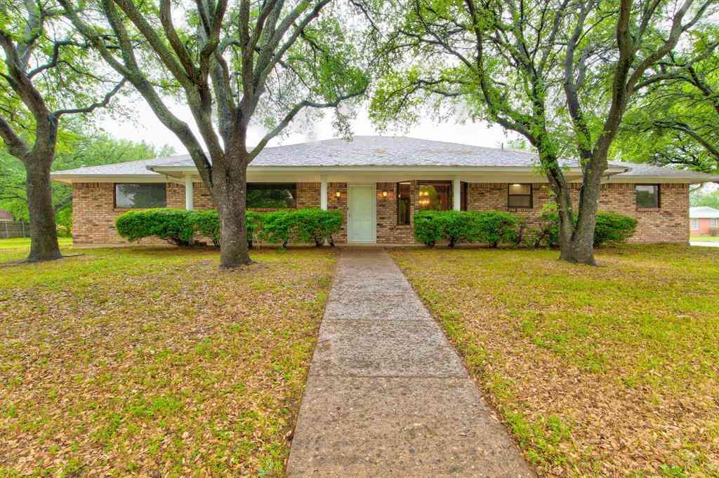 413 Trail Lake Drive, Crowley, TX, 76036,
