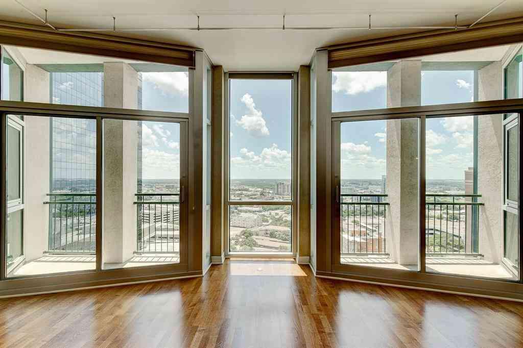 500 Throckmorton Street #1807, Fort Worth, TX, 76102,