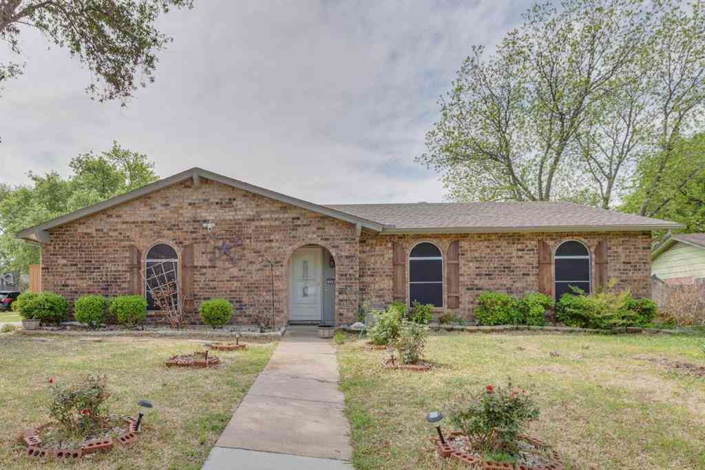 716 N Deerfield Circle, Arlington, TX, 76015,