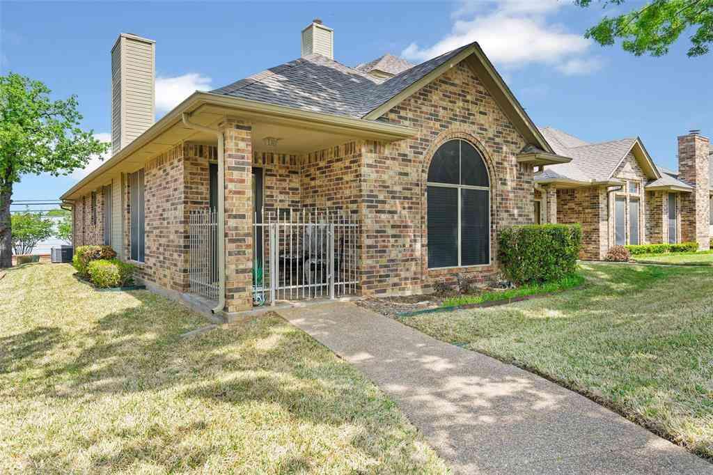 1227 Woodland Park Drive, Hurst, TX, 76053,