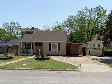 1612 Long Avenue, River Oaks, TX, 76114,