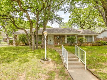 7209 Normandy Road, Fort Worth, TX, 76112,