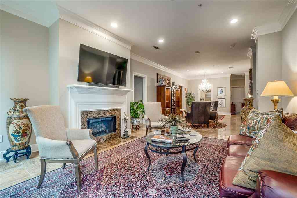 4240 Prescott Avenue #3E, Dallas, TX, 75219,