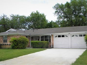 4709 Everest, Fort Worth, TX, 76132,