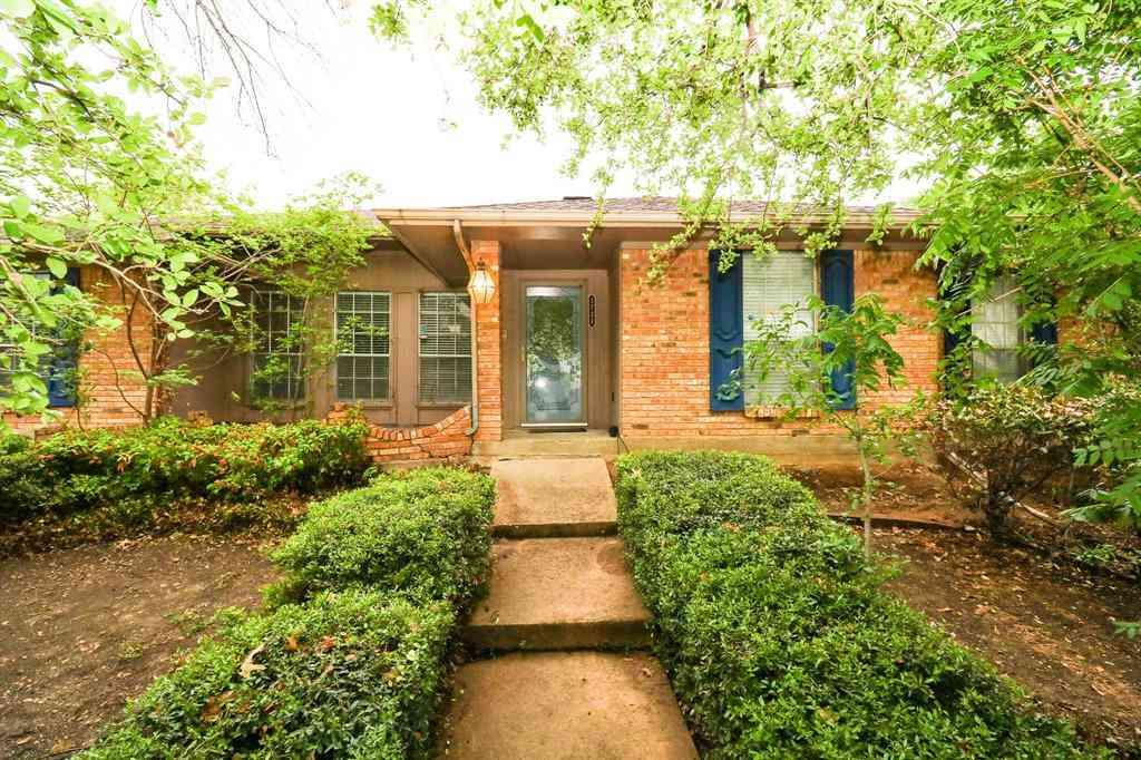 1731 Southampton Drive, Carrollton, TX, 75007,
