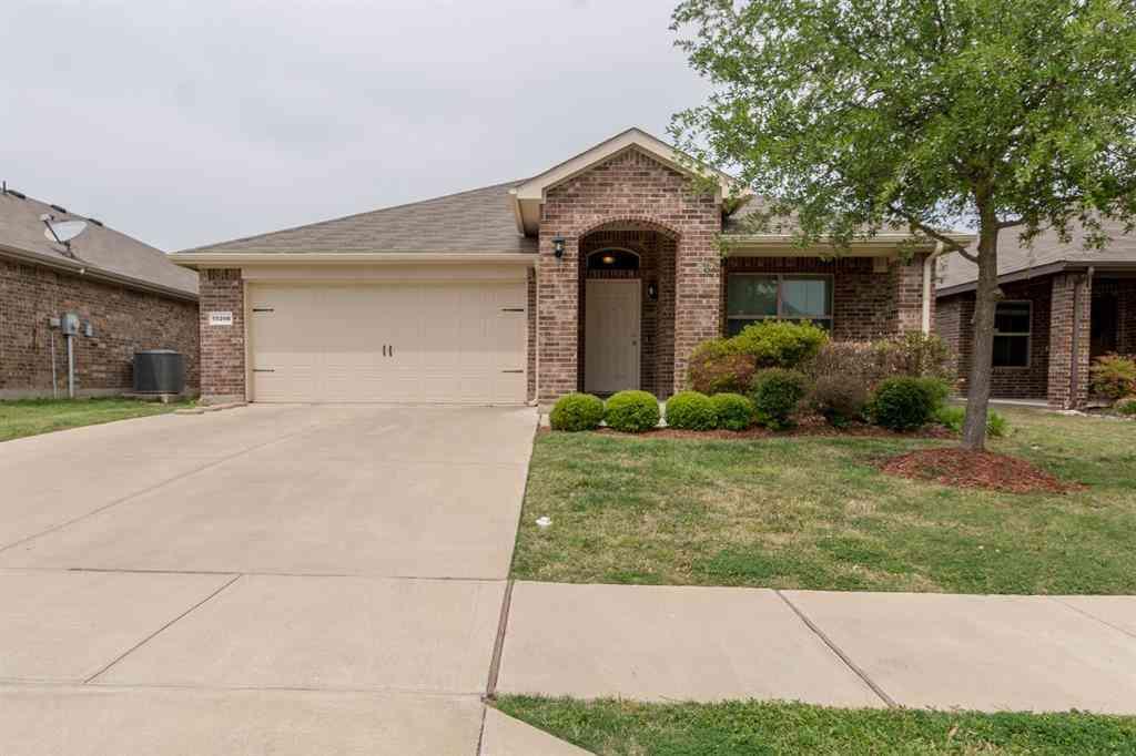 10208 Almondtree Drive, Fort Worth, TX, 76140,