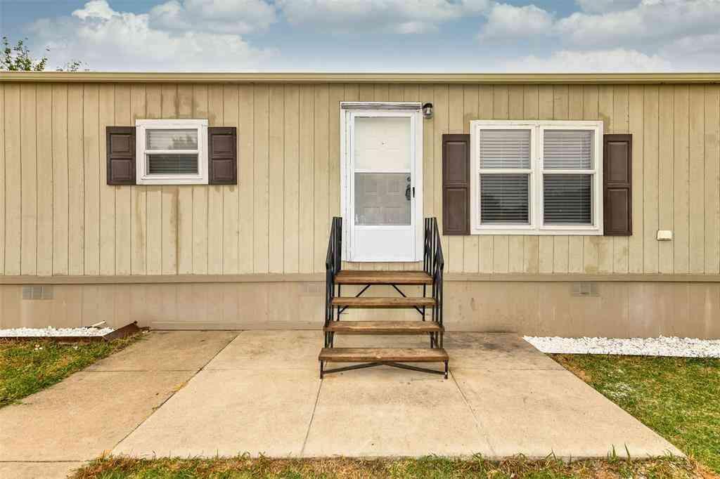 1321 Honeysuckle Drive, Mansfield, TX, 76063,