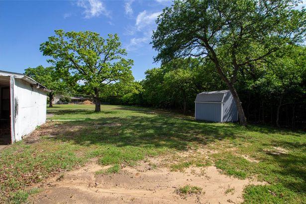 312 Lone Tree Lane