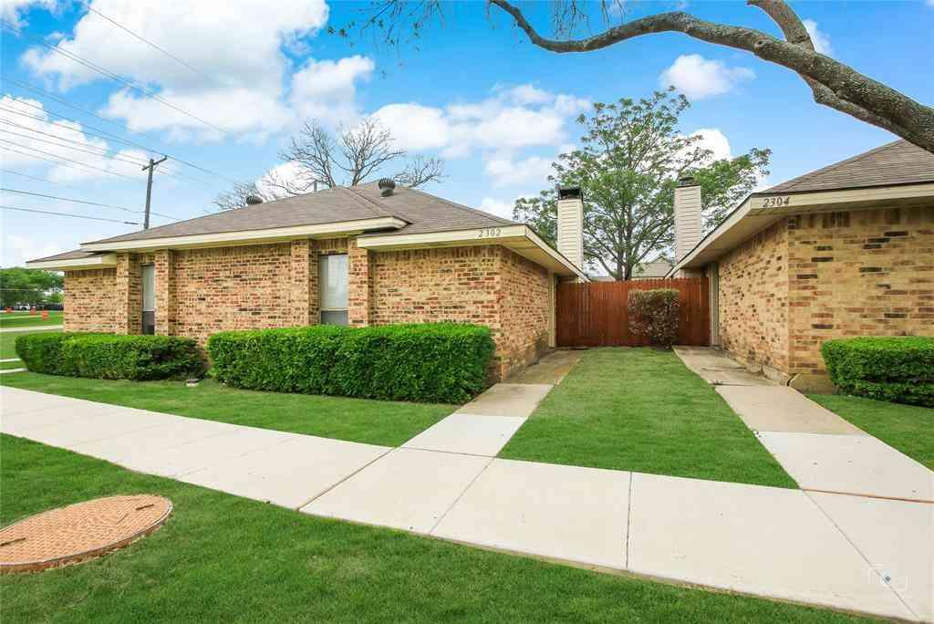 2302 Carol Good Lane, Carrollton, TX, 75006,