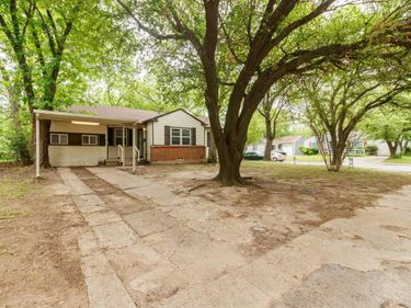 218 Bowman Street, Irving, TX, 75060,