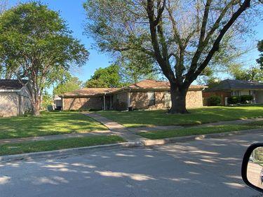 3327 Kensington Drive, Mesquite, TX, 75150,