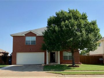 7545 Brentwood Stair Road, Fort Worth, TX, 76112,