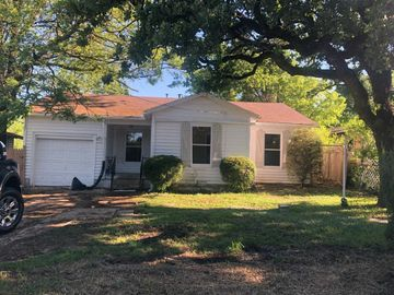 5409 Dallas Avenue, Fort Worth, TX, 76112,