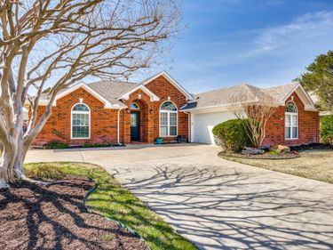 3304 Riverwell Court, Fort Worth, TX, 76116,