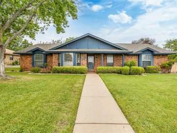 4716 Brandingshire Place, Fort Worth, TX, 76133,