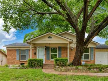 908 Henslee Drive, Euless, TX, 76040,