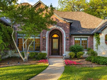 4210 Riverhollow Drive, Fort Worth, TX, 76116,