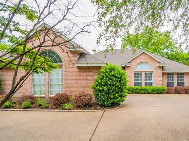 7113 Meadowside Road S, Fort Worth, TX, 76132,