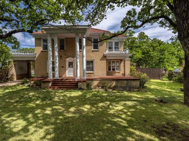 4901 Meadowbrook Drive, Fort Worth, TX, 76103,