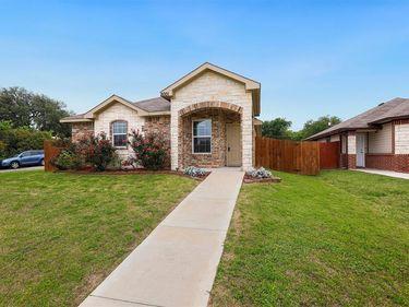 2001 Dalworth Street, Grand Prairie, TX, 75050,