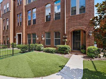 1393 Arch Place, Dallas, TX, 75215,
