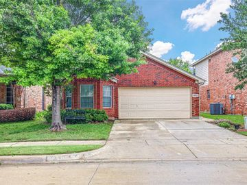2633 Mountain Lion Drive, Fort Worth, TX, 76244,
