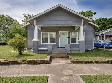 1224 E Tucker Street, Fort Worth, TX, 76104,
