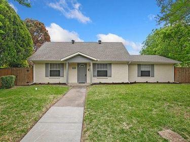 1102 Halifax Street, Grand Prairie, TX, 75050,