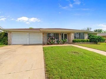 4612 Saldana Drive, Fort Worth, TX, 76133,