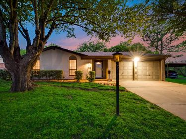 229 Chevy Chase Drive, Fort Worth, TX, 76134,