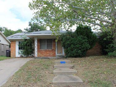 2816 W Fuller Avenue, Fort Worth, TX, 76133,