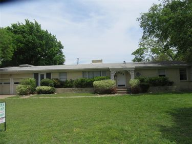 1206 N Selva Drive, Dallas, TX, 75218,
