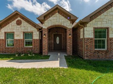 4016 Collin Street, Fort Worth, TX, 76119,