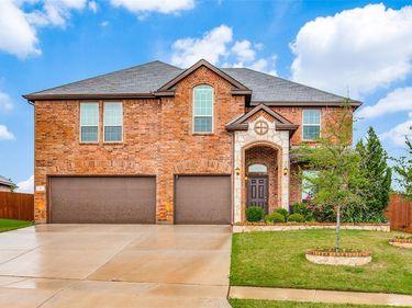4 Oakridge Court, Edgecliff Village, TX, 76134,