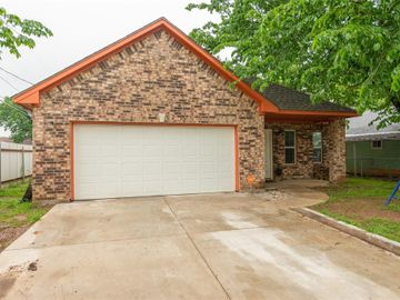3108 Crenshaw Avenue, Fort Worth, TX, 76105,