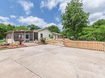 5328 Cowden Street, Sansom Park, TX, 76114,