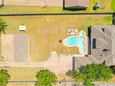 2322 Sunnyvale Road, Grand Prairie, TX, 75050,