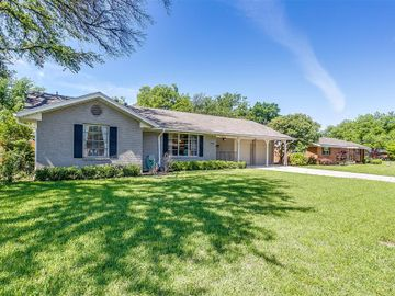 4237 Whitfield Avenue, Fort Worth, TX, 76109,